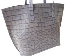 Lilac Stowaway leather tote bag